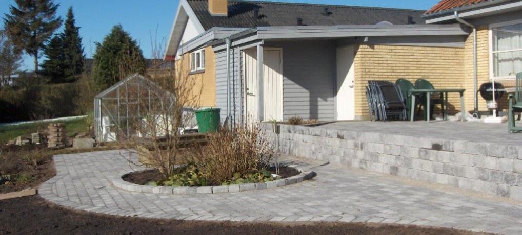 Støttemur og terrasse Sydbakken 27